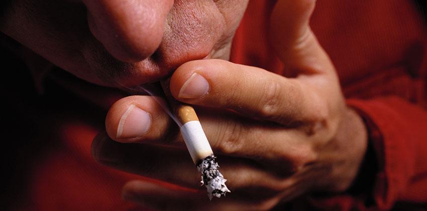 Το κάπνισμα βλάπτει σοβαρά τη στύση!